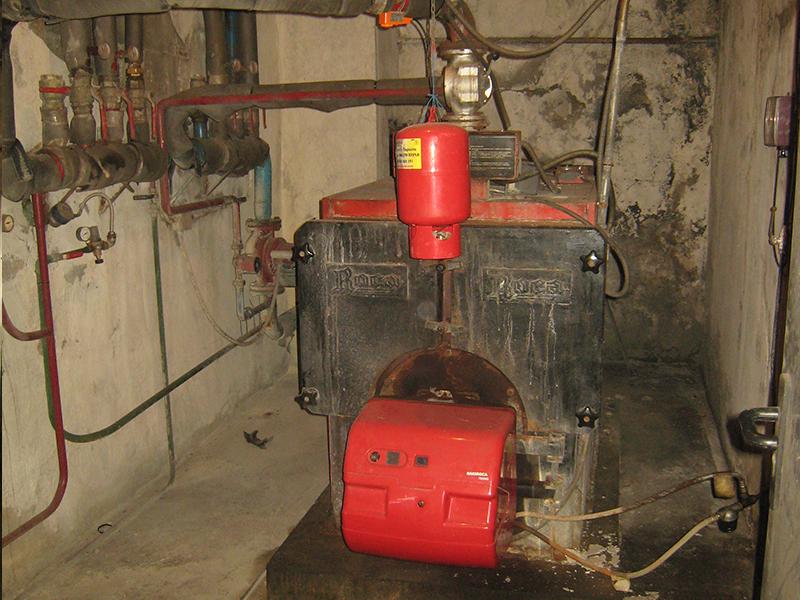 Transformación Sala de Calderas a Gas Natural Estación de Tren - Antes
